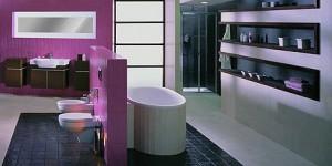 Strefowe zastosowanie fioletu w łazience