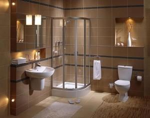 Kabina prysznicowa w łazience w bloku