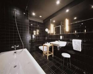 Monochromatyczna łazienka w czerni