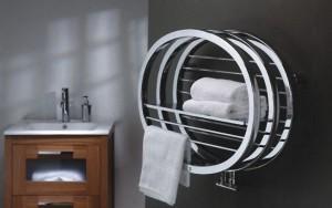 Dekoracyjny grzejnik do łazienki o oryginalnym kształcie