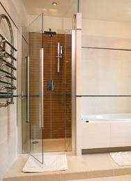 Drzwi prysznicowe jednoskrzydłowe otwierane na zewnątrz