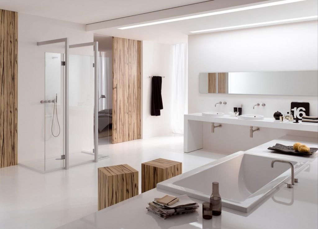 Nowoczesna biała łazienka z wanną i kabiną prysznicową bez brodzika
