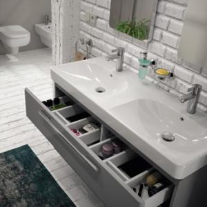 Wygoda przechowywania to jeden z aspektów, jaki należy wziąć pod uwagę, kupując meble łazienkowe.