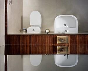 Brązowe elementy w łazience