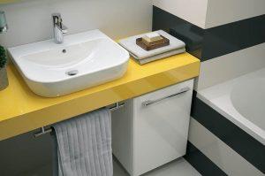 Żółte elementy w łazience