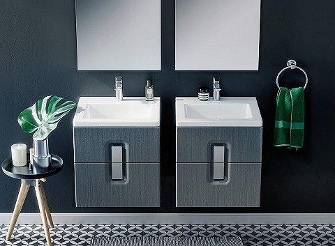 Grafitowa łazienka